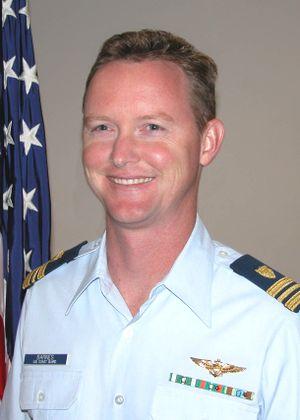 Lt. Cmdr. Che J. Barnes
