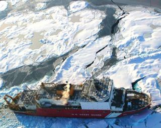 US Coast Guard Cutter_Healy in the Arctic Photo Credit US Geographical Survey